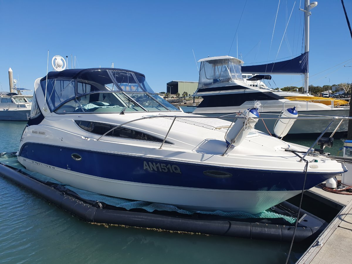 Bayliner 285 with Sea Pen
