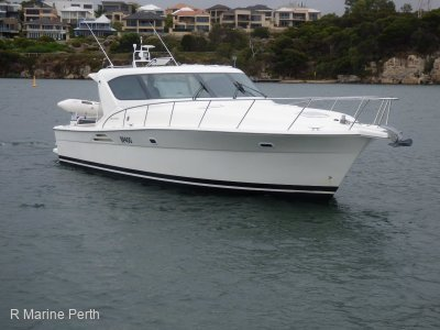 Riviera 4000 Offshore Hardtop Platinum Series -- Fully Serviced Ready To Go