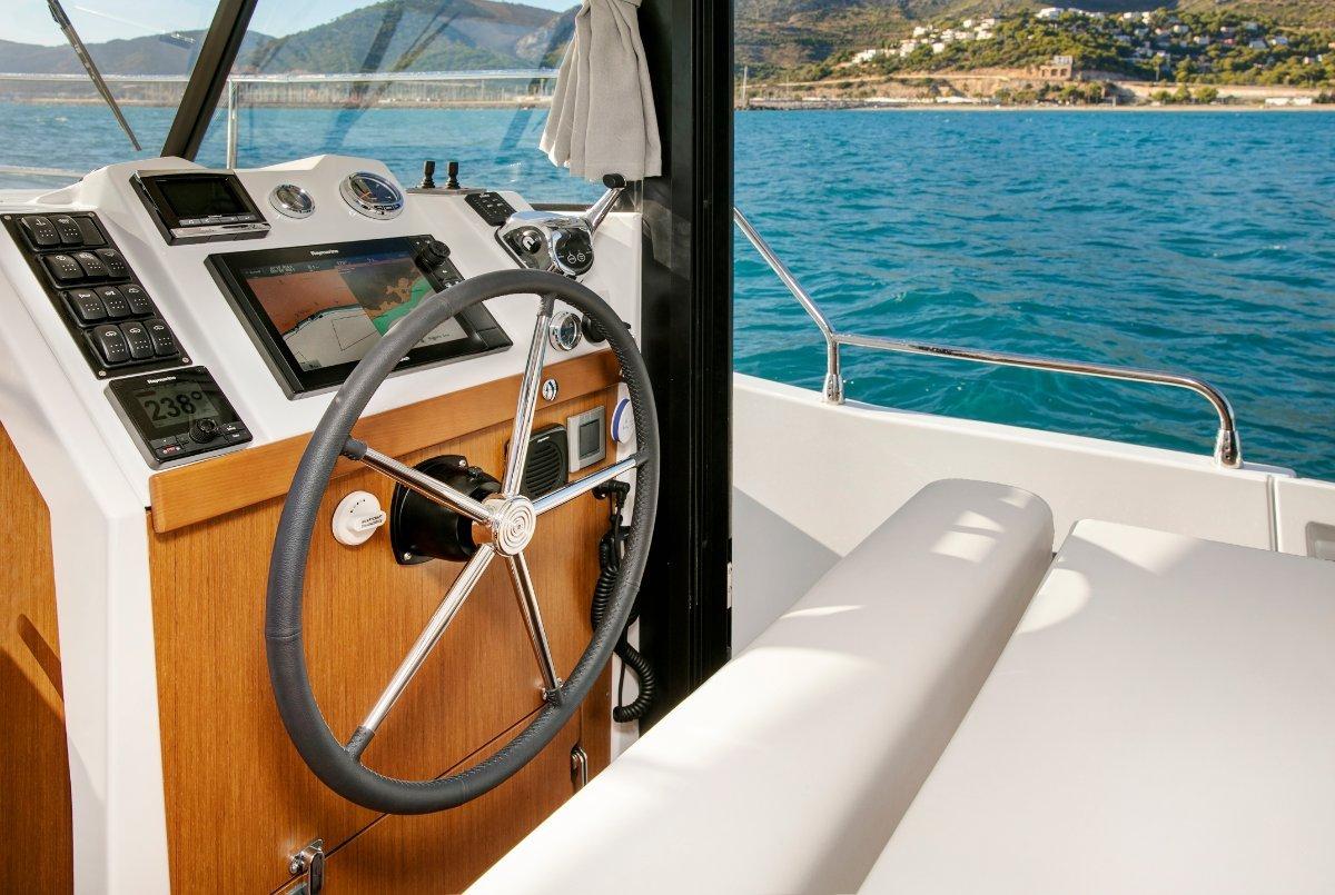 New Beneteau Swift Trawler 35