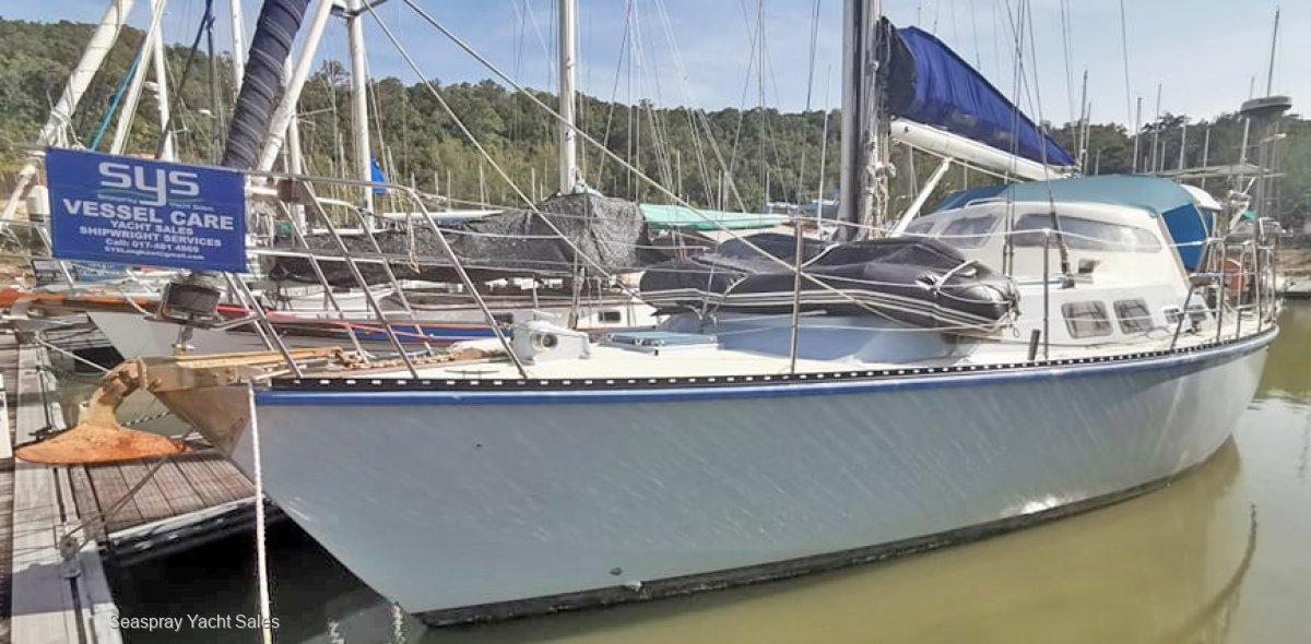 Whitsunday 41 Whitsunday Whaler 41 for Sale Langkawi, Malaysia:Yacht for sale in Rebak Marina Langkawi