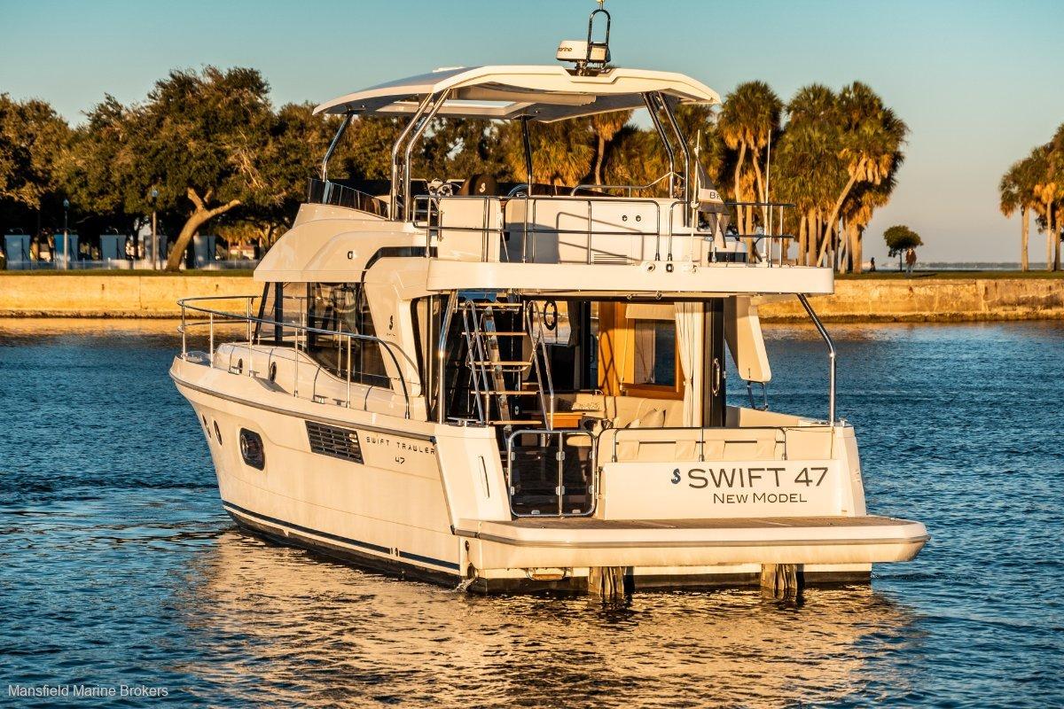 New Beneteau Swift Trawler 47:Stay for weeks.....