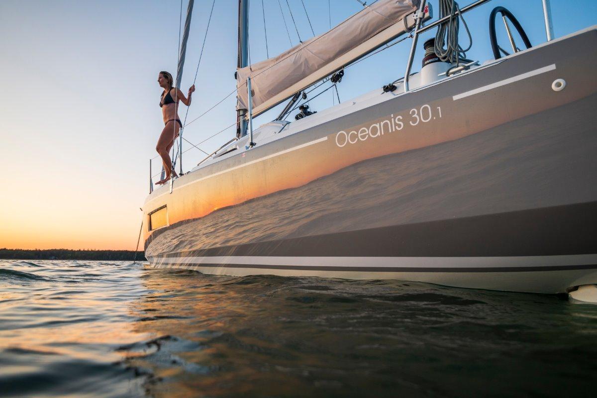 New Beneteau Oceanis 30.1