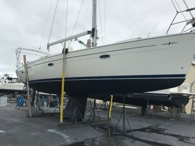 Bavaria 42 CRUISER- Click for more info...