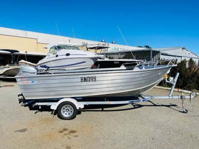 Brooker 500 Discovery Huge Open Boat In Excellent Condition