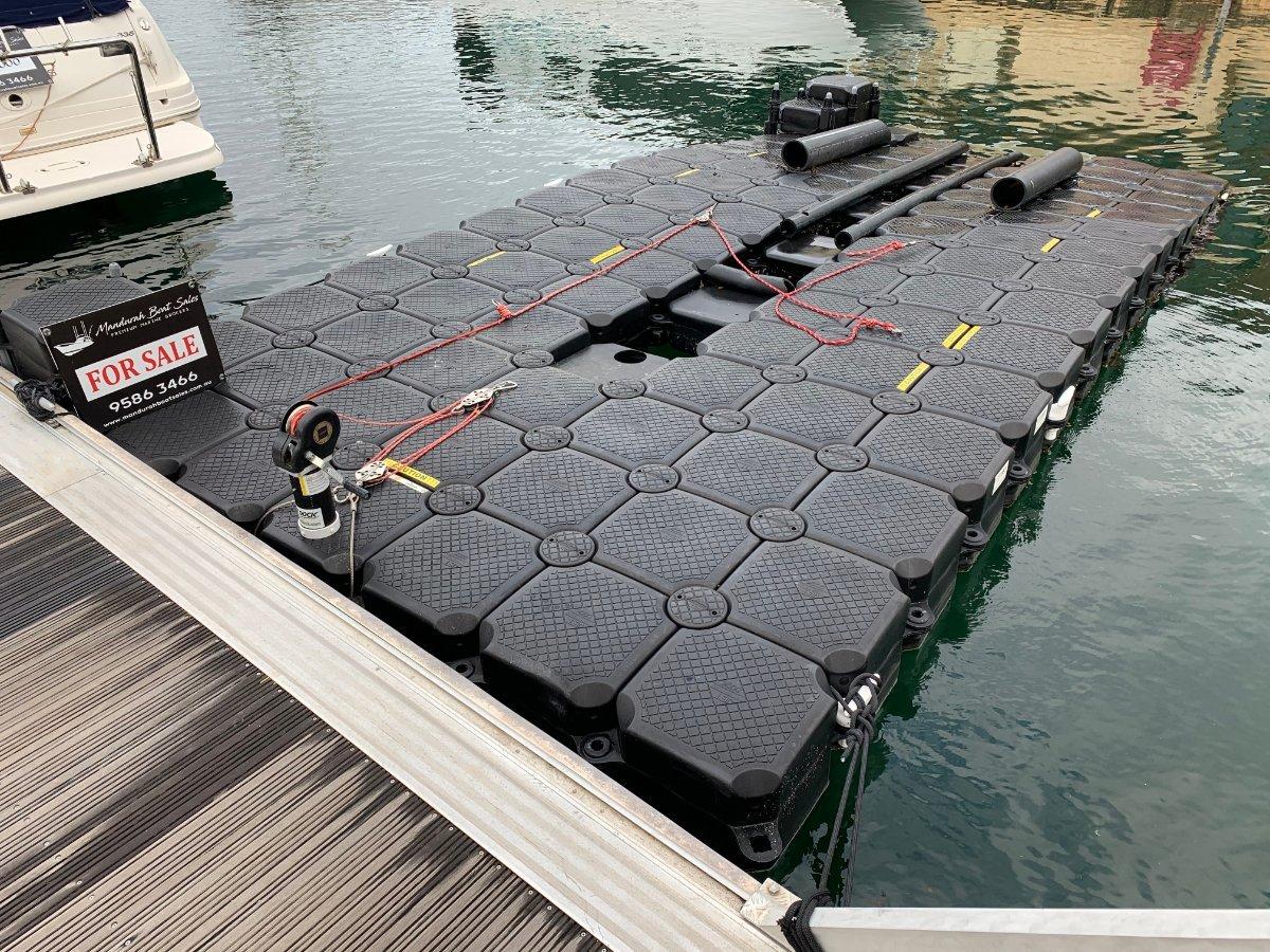 Universal Boat Dock