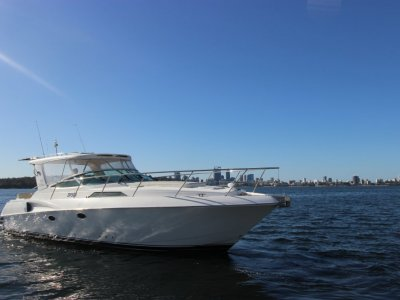 Riviera M360 Sportscruiser EXC VALUE Will sell FAST, Low hours, Great Buying!