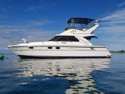 Fairline Brava 36 Twin Caterpillar diesel shaft drive flybridge