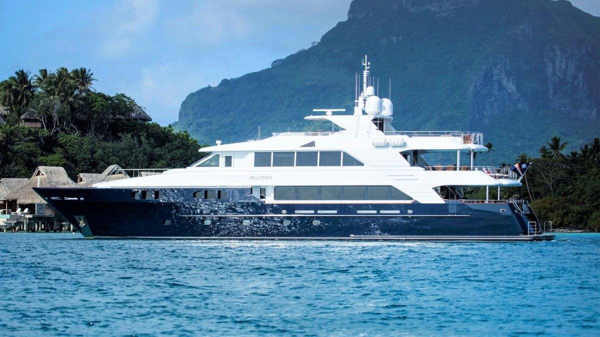 Richmond Tri Deck Yacht
