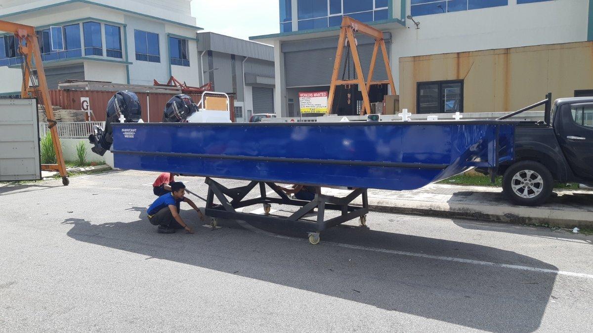 Sabrecraft Marine WB5900 Workboat Punt Work Boat Barge