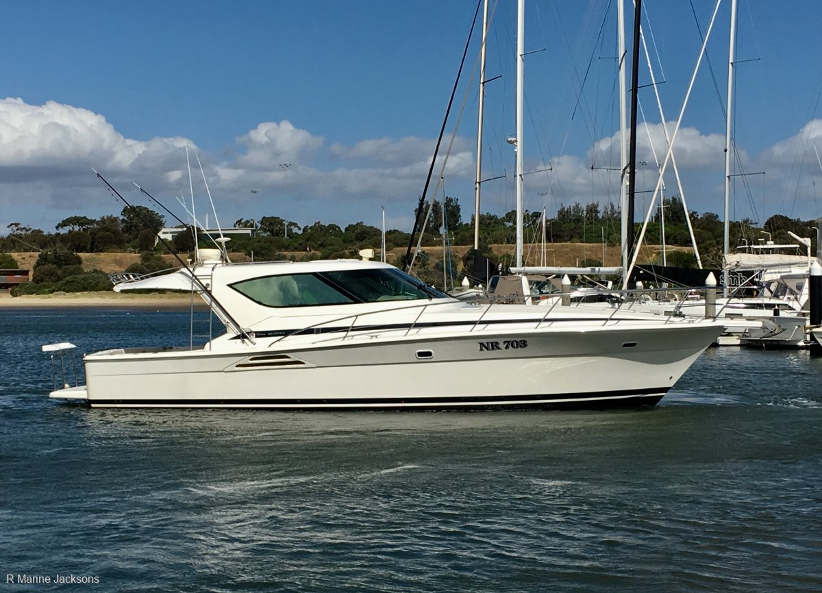 Riviera 4000 Offshore Boat Brokers of Tasmania