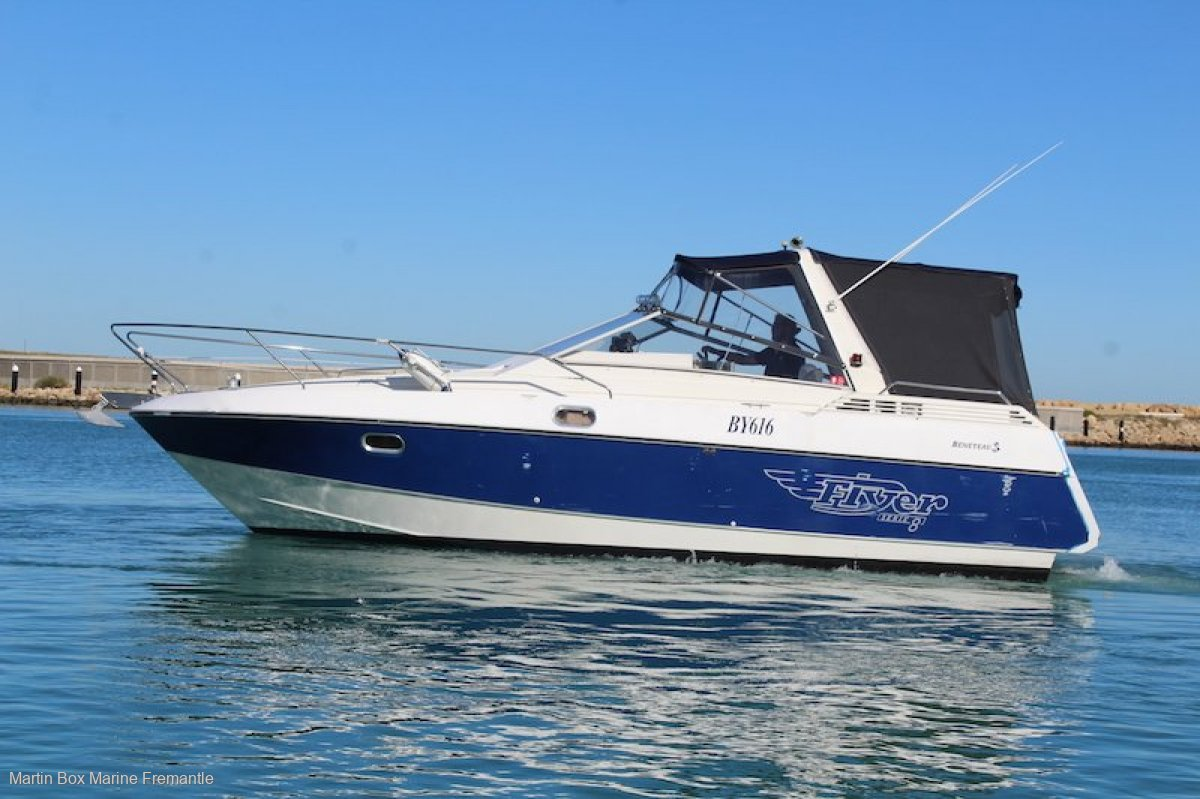 Beneteau Flyer 8 with Twin Diesels (suit Sea Ray Mustang Bayliner)