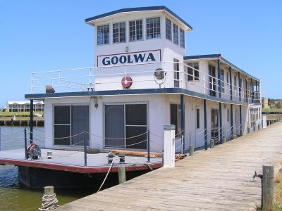 PS Goolwa, a traditional river boat.