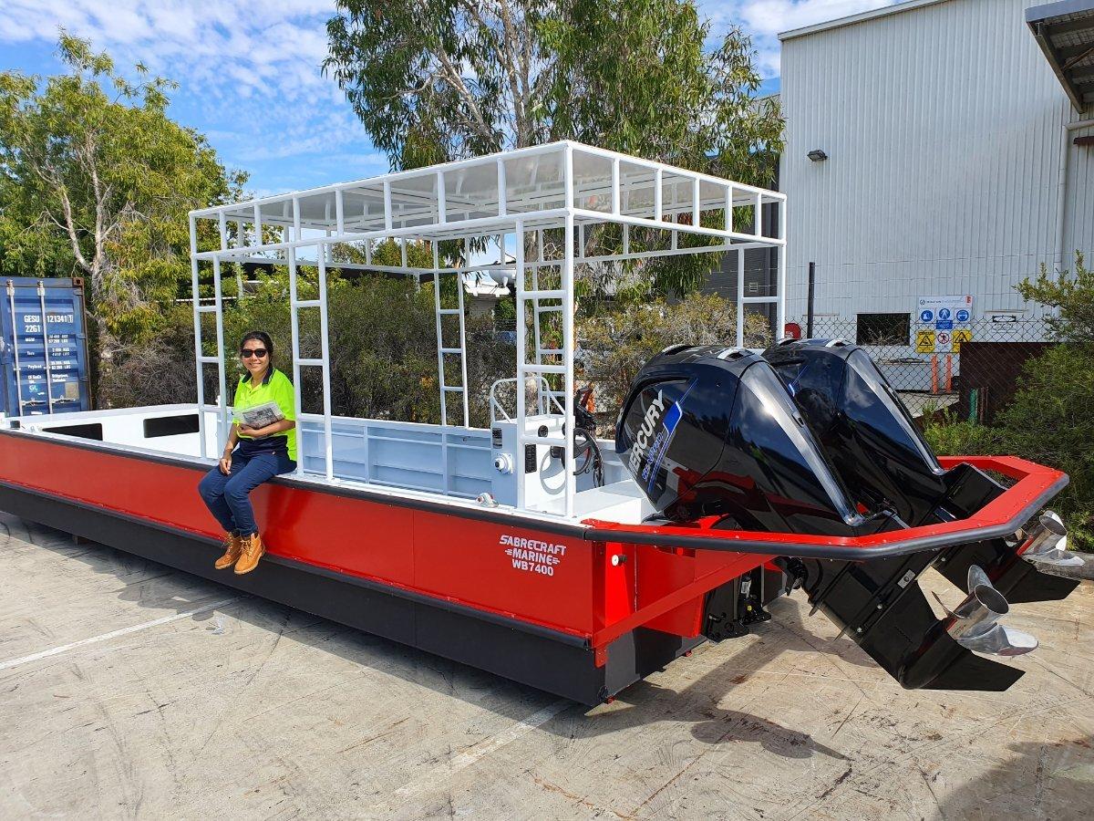 Sabrecraft Marine WB7400 Work Boat Punt