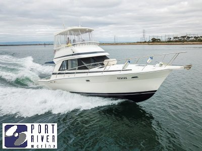 Riviera 36 Platinum Flybridge | Port River Marine Services
