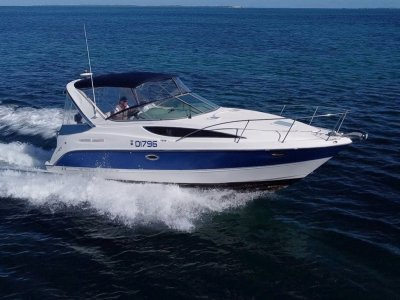 Bayliner 2855 Ciera Great starter boat for a small family