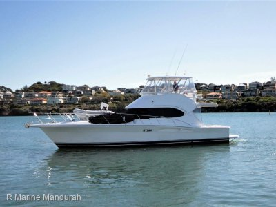 Riviera 42 Flybridge IMMACULATE ***$479,000***