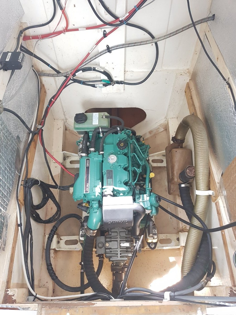 Hitchiker 40 Mk3 Proven seaworthy design in excellent condition