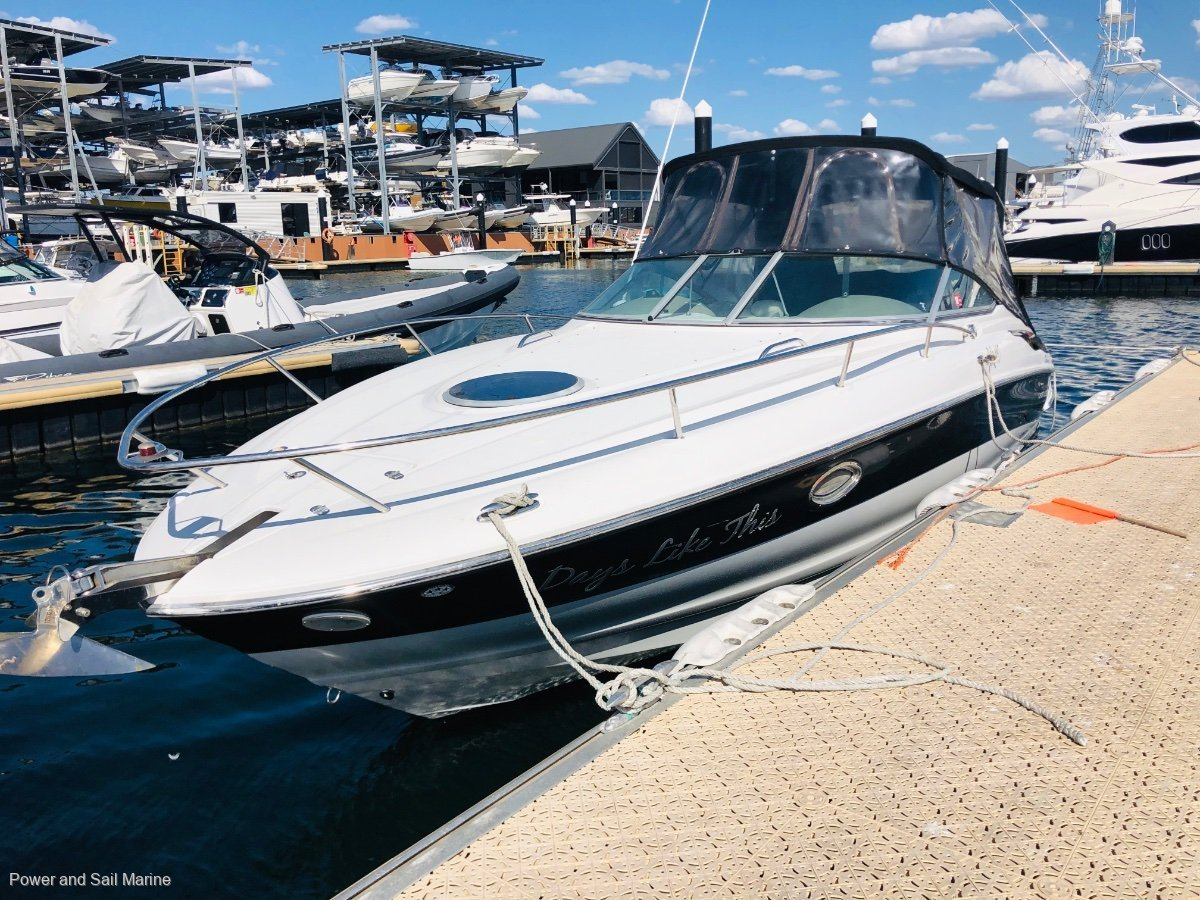 Crownline 275 CCR Immaculate condition and perfect day boat