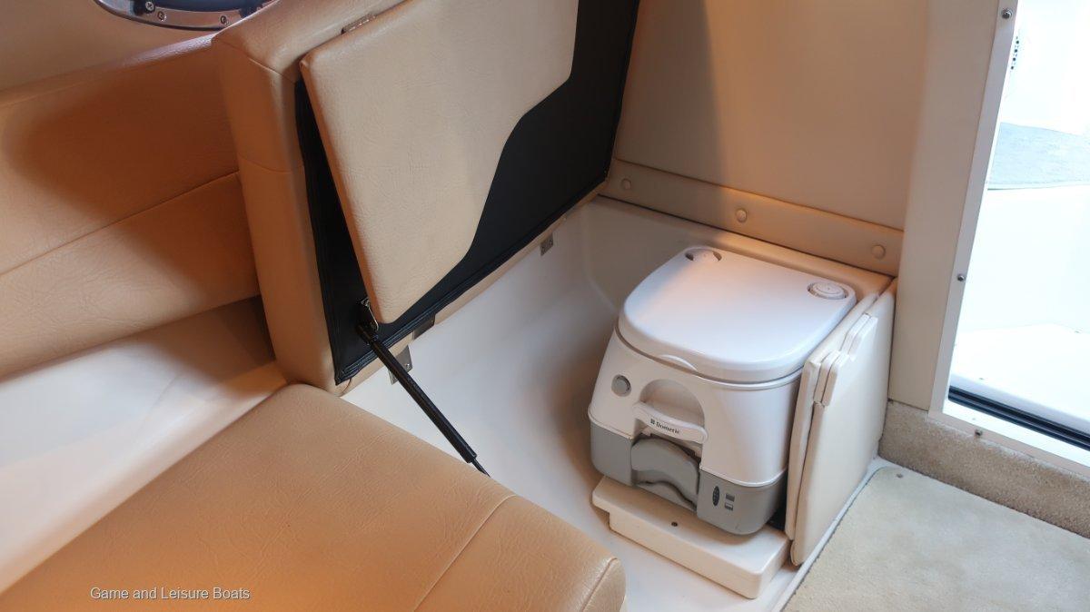 Regal 2750 Cuddy - 2010MY