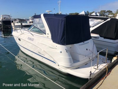 Chaparral 280 Signature Big volume family cruiser