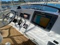 Caribbean 35 Flybridge Cruiser:Raymarine Auto pilot and 12 inch