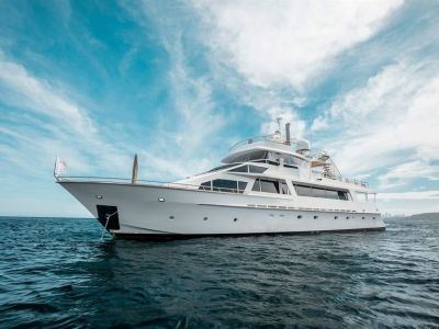 Lloyd 111 Superyacht