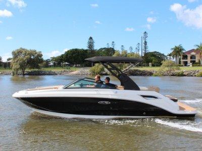 Sea Ray 250 SDX Bowrider
