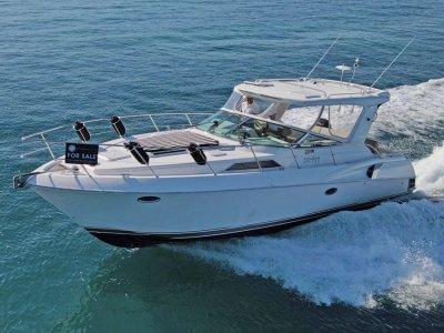 Riviera M360 Sportscruiser **** Brand new genset ****