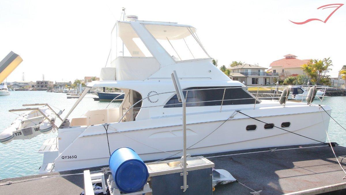 Seacrest 40 Flybridge Catamaran