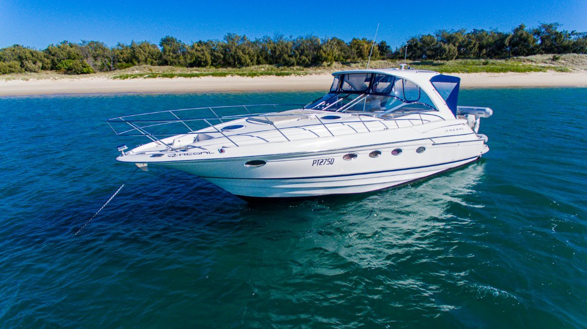Regal 4460 Sports Cruiser