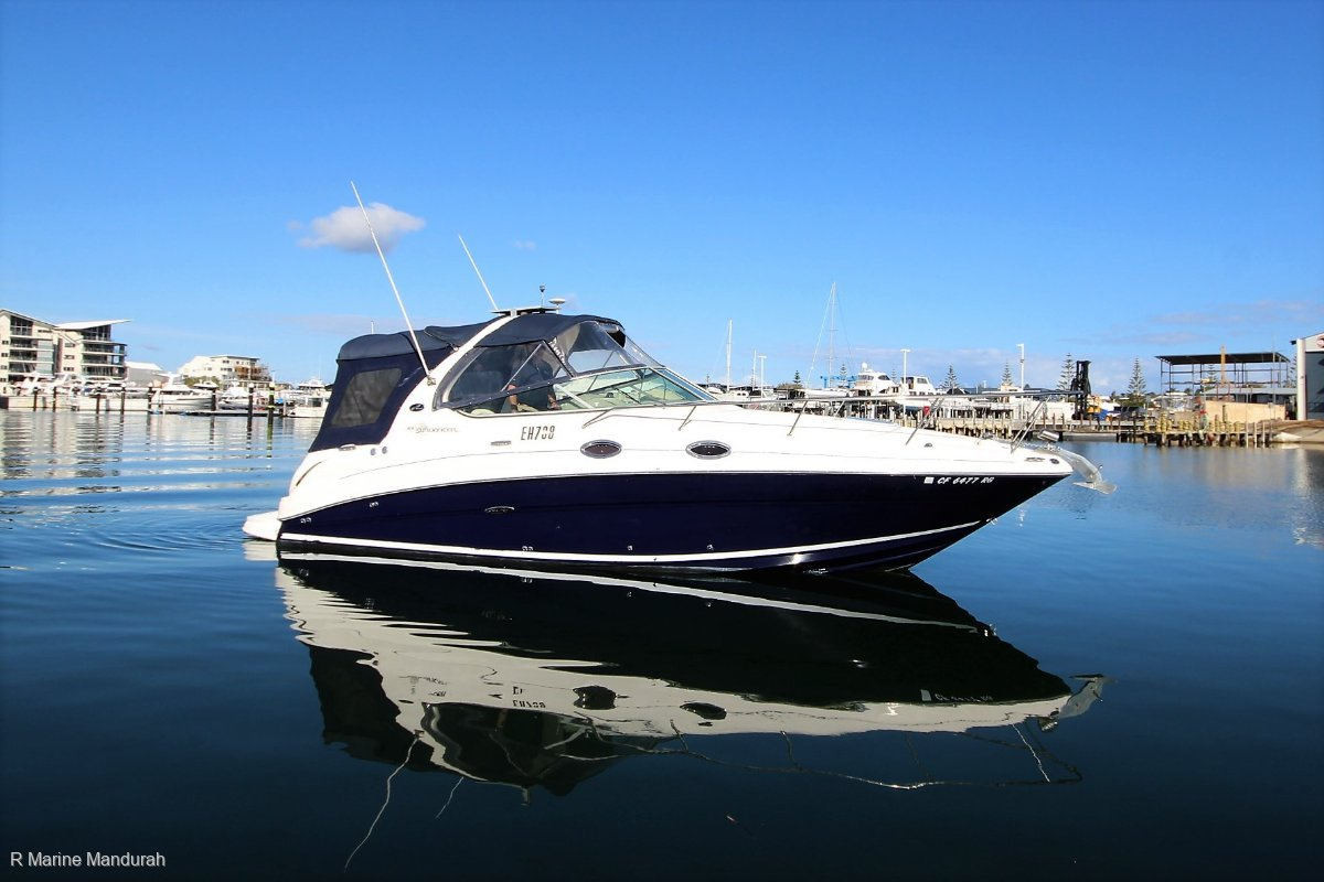 Sea Ray 280 Sundancer ***MANIFOLDS, RISERS, SERVICE and POLISHED ***