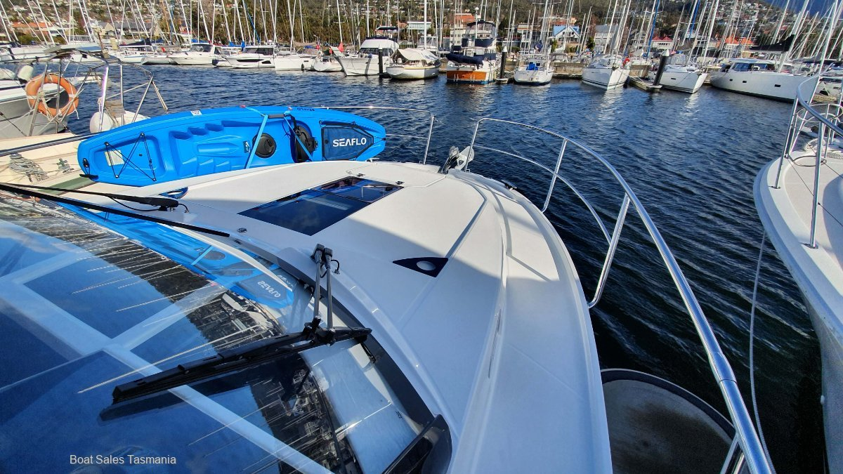 Jeanneau Merry Fisher 1095 – AVAILABLE NOW!