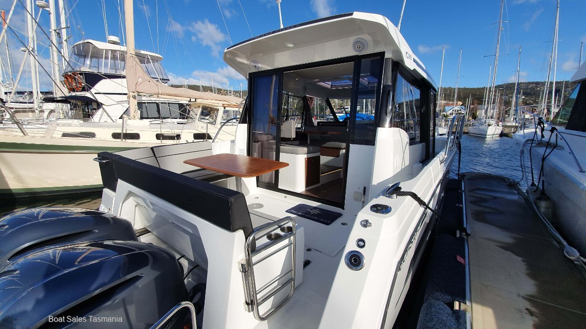 Jeanneau Merry Fisher 1095 - AVAILABLE NOW!
