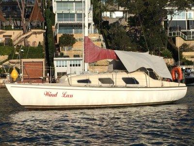 Top Hat 25 MK II Diesel tidy yacht in (sydney harbour)