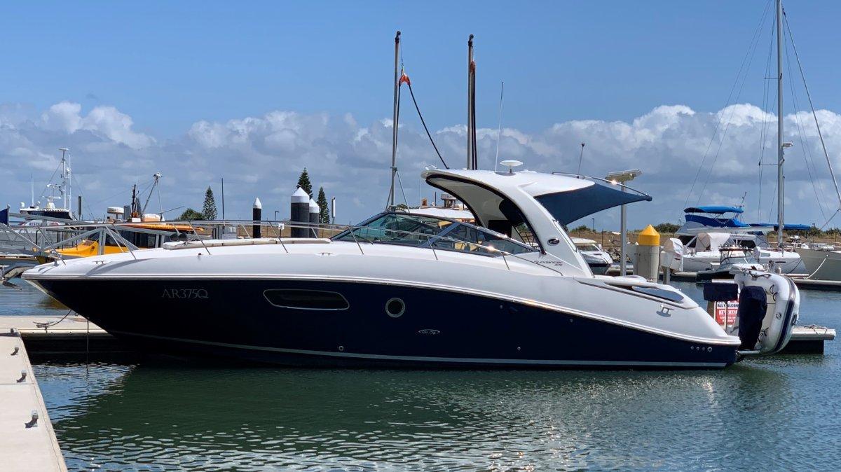 Sea Ray 375 Sundancer Sports Cruiser