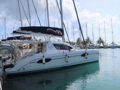 Leopard Catamarans 39