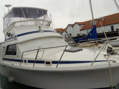 Bertram Caribbean 31 Flybridge Cruiser GREAT VALUE AND PRICED TO SELL!