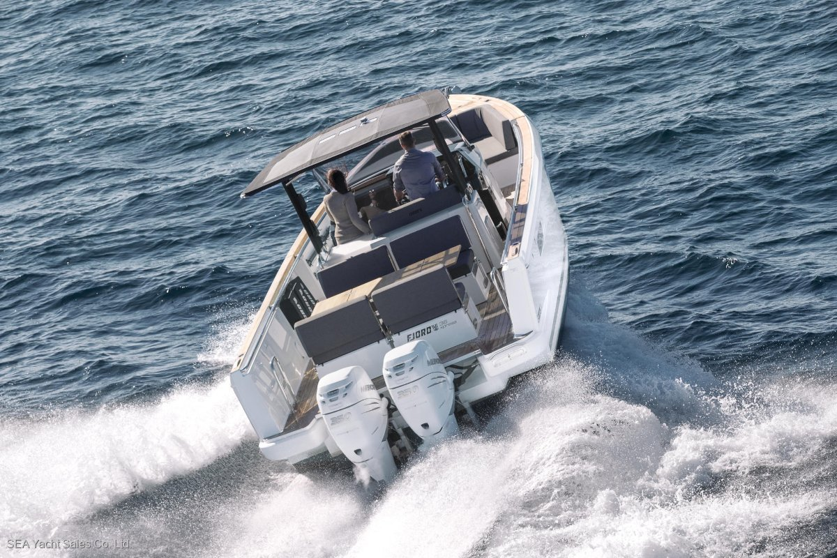 Fjord 38 xpress Outboard Power+ Save Euro 25,730