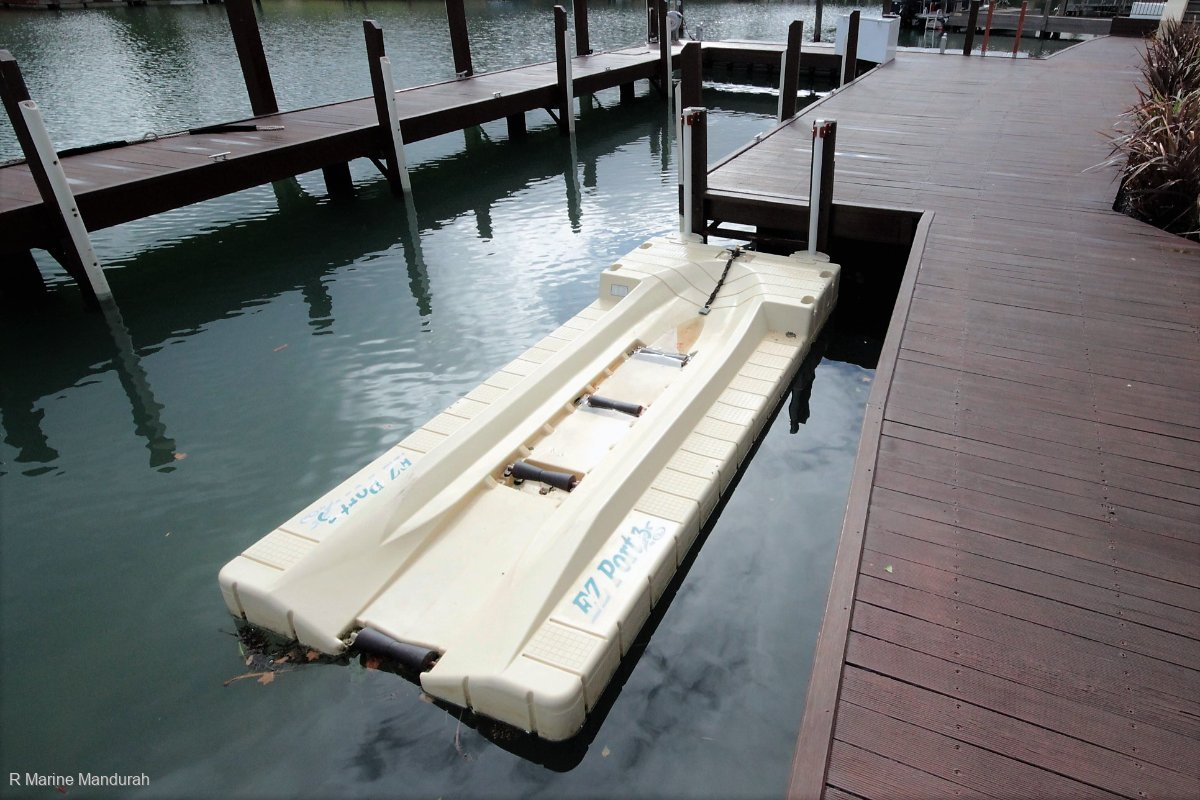 *** EZ PORT 3 JET SKI DOCK *** BARGAIN ***