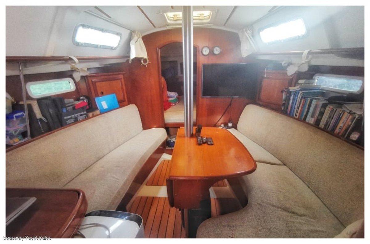 Beneteau Oceanis Clipper 331:Beneteau Yacht for sale in Malaysia