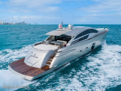 Pershing 80 Luxury