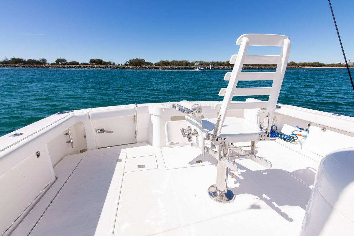 Cabo 40 Express - 2011MY