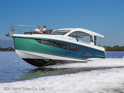 Sealine C390V Loaded with Extras - Save Euro 29,870