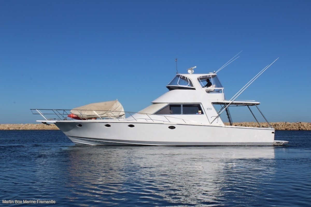 Precision 56 Sports Fisher with Three Cabin, Two Bathroom layout.