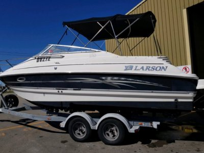 Larson Cabrio 220 Anniversary Addition