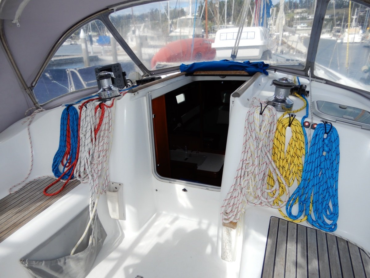 Beneteau Oceanis 361 EXCEPTIONAL CONDITION, NEW ENGINE, HUGE INVENTORY!