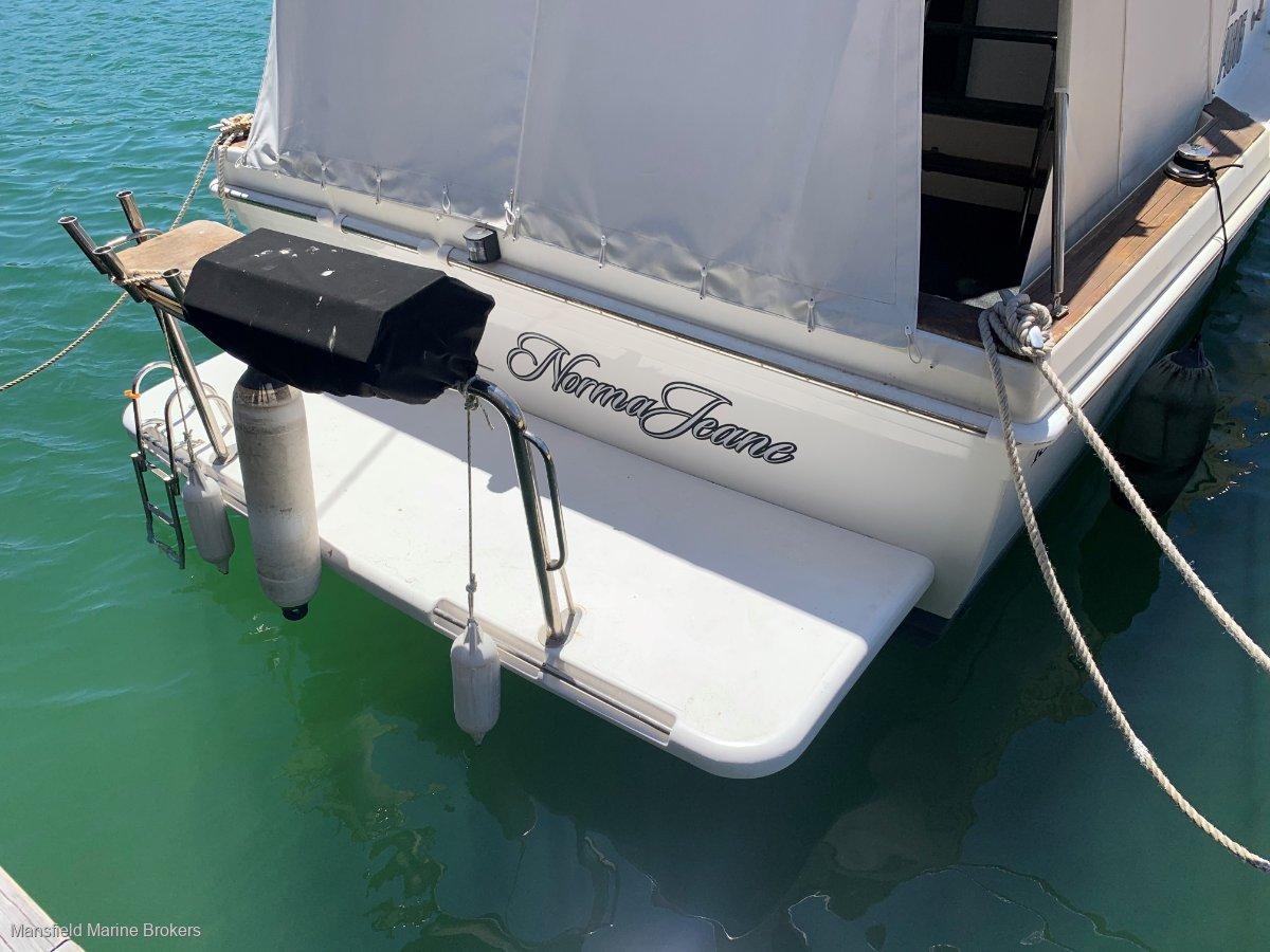 Riviera 45 Flybridge New Engines