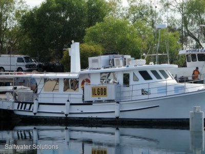 50 ft solid glass cruiser