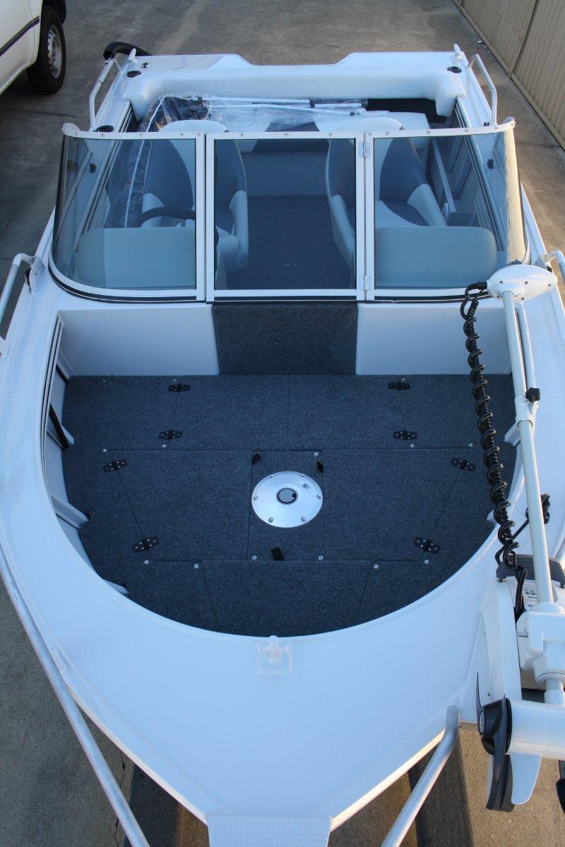 Bluefin 5.40 Bowrider