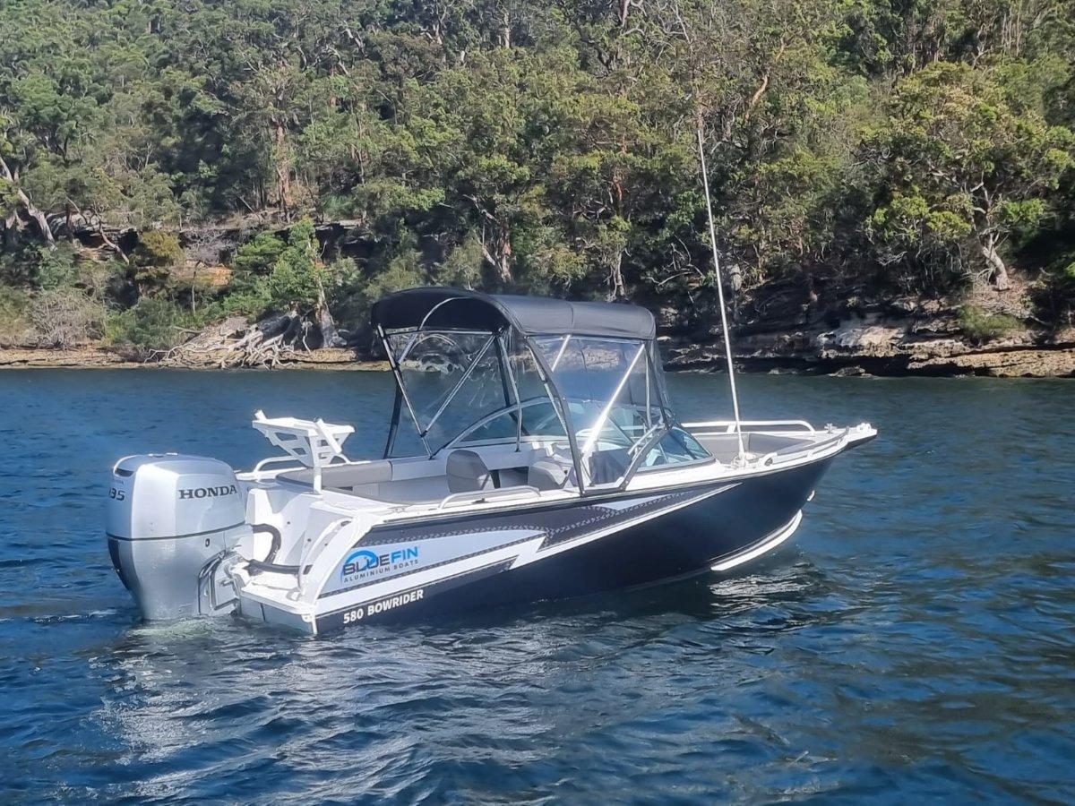 Bluefin 5.80 Bowrider